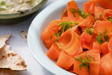 Morotssallad eller morotslax är vegetariska/veganska nyheten på Midsommar.