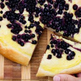 Gigantisk vaniljbulle med blåbär