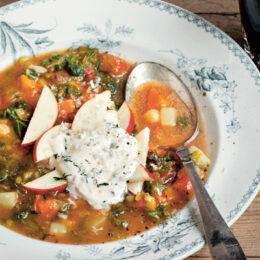 Vegetarisk Soppa med pepparrotskräm