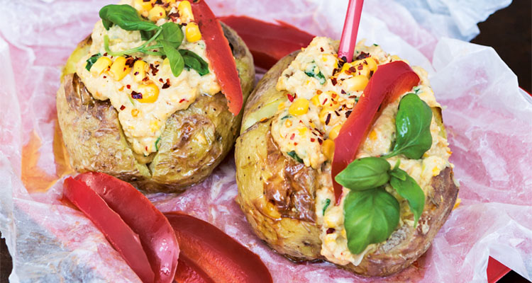vegetarisk röra till bakad potatis