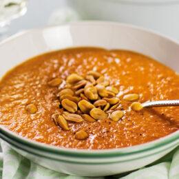 Vegetarisk linssoppa med jordnötssmör