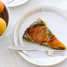 Aprikostart med pistagenötter