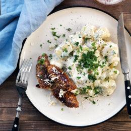 Persiljestuvad potatis med kryddiga vegetariska järpar