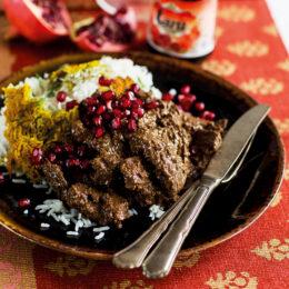 Khoresh Fesenjan – vegetarisk valnötsgryta med granatäpple