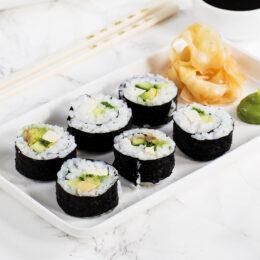 Vegetarisk sushi + lista med fyllningar