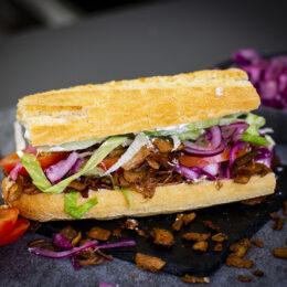 Maxad OLT Sandwich (Oumph, Lettuce, Tomato)